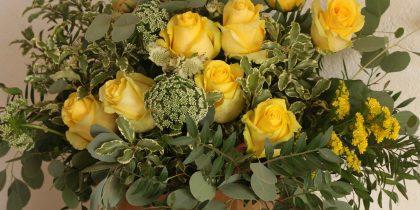 Flores Amarillas Papel Kraft