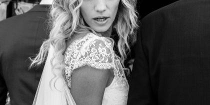 Diana entrando a la boda